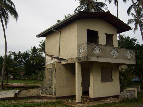дом после цунами
