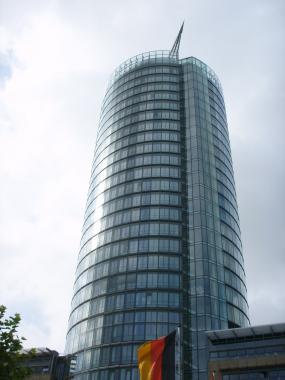 Офисное высотное здание в г. Дюссельдорф