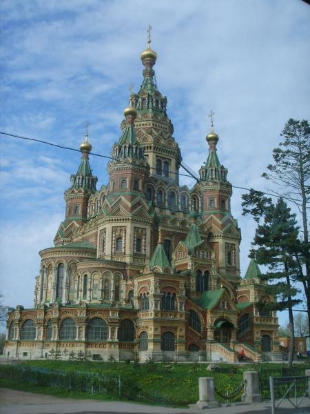 Собор в русском стиле