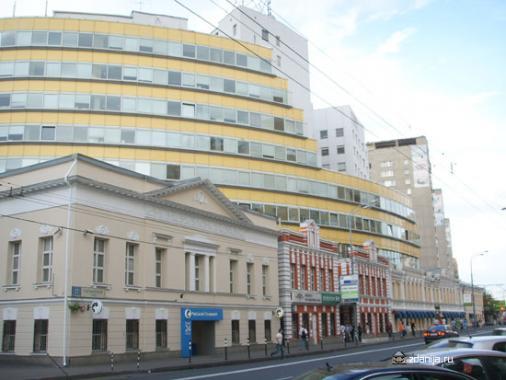 ул. Таганская, дом 17, г. Москва - вид на улицу Таганская ( неч. номера домов )