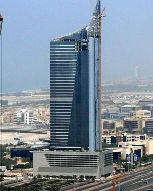 небоскрёб < AAM башня > - завершение строительства 29 февраля 2008 г.