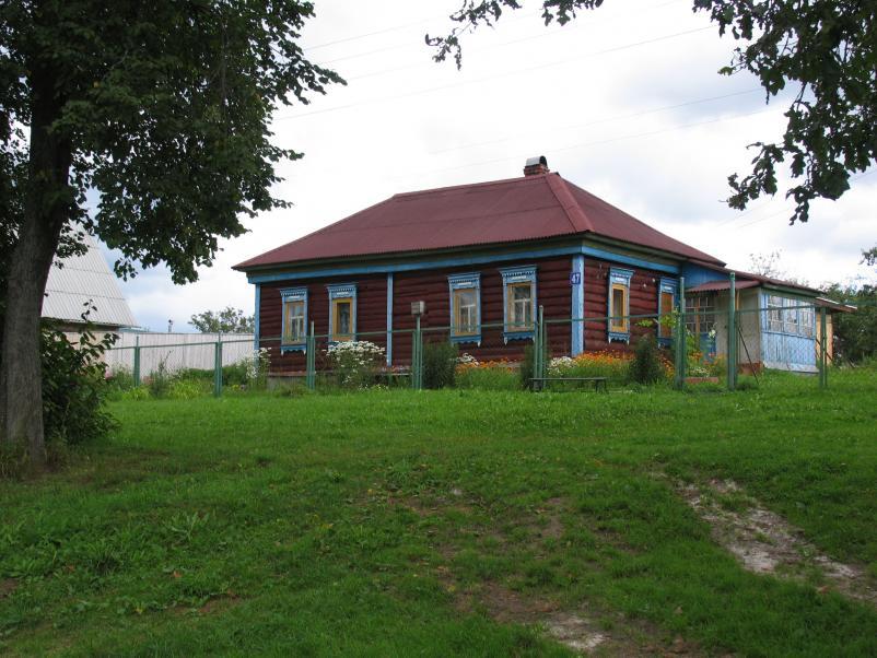 деревянный дом в чеховском районе подмосковья