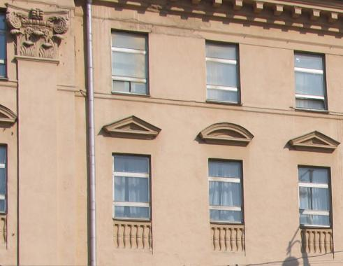 окна в стиле классицизм