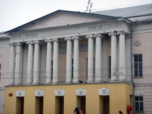 здание в стиле классицизм, г. Владимир