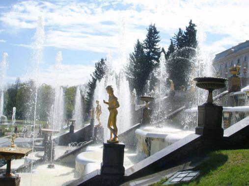 скульптуры петергофских фантанов