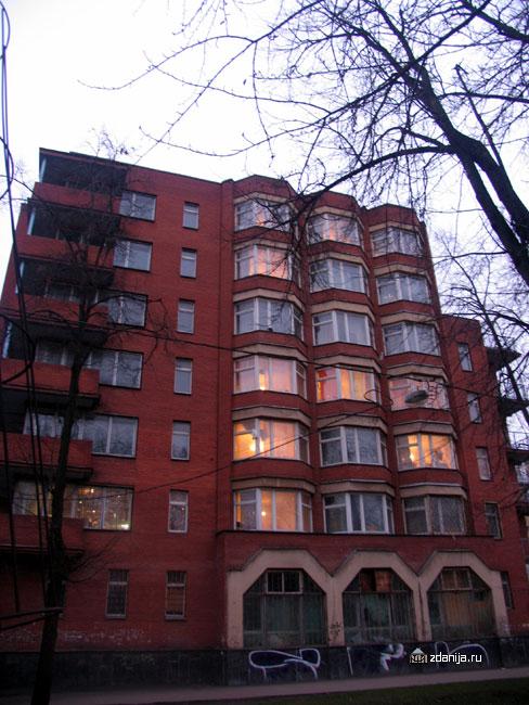 конструктивистский дом на ул. Шухова
