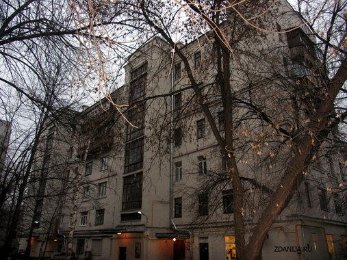 конструктивистский дом на ул. Люсиновская