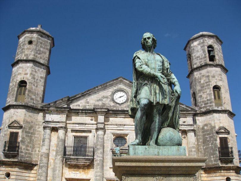 памятник христофору колумбу