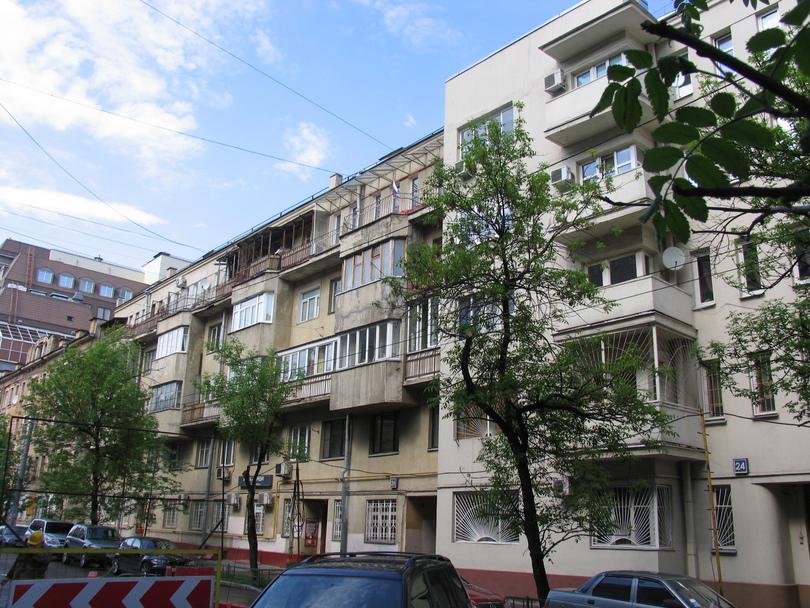 3-я Тверская-Ямская  улица, дом 26 и дом 24