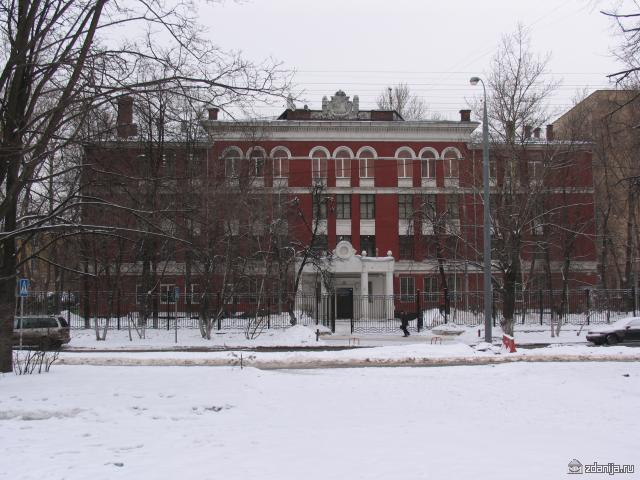 типовая школа 60-ых годов Москва