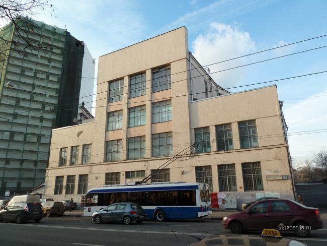 Конструктивисткое общественное здание - ул. Бакунинская, дом 5