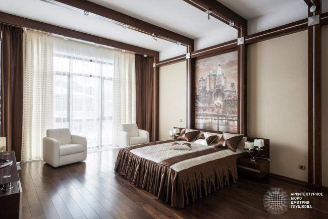 Варианты дизайна спальни в загородных коттеджах