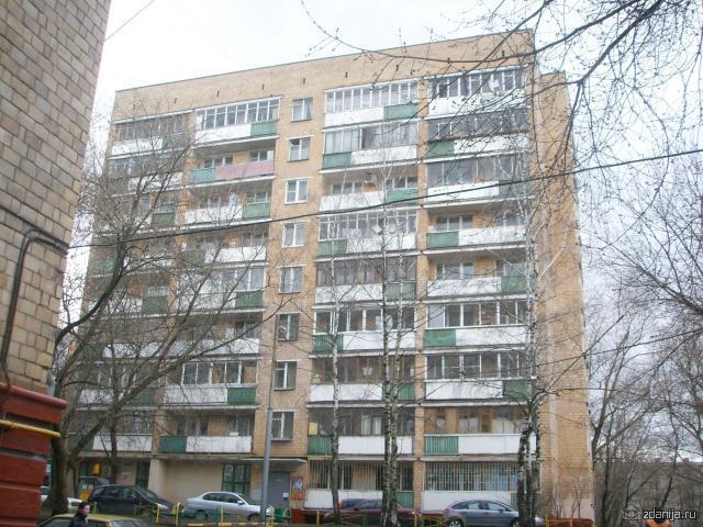 дом возле м. Каховская Москва