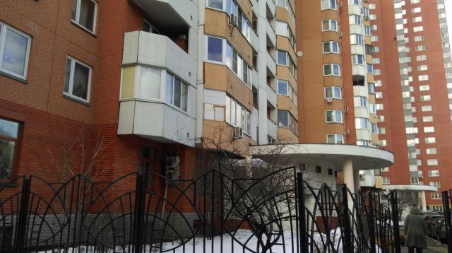 Москва, бульвар Генерала Карбышева, дом 14 (СЗАО, район Хорошево-Мневники)