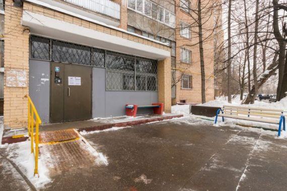 Москва, Пролетарский проспект, дом 35 (ЮАО, район Царицыно)