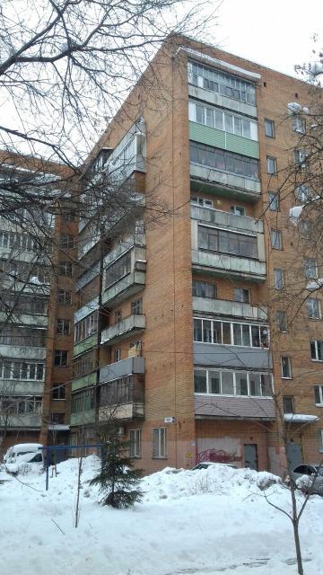 Девятиэтажка, на площадке три квартиры - ПОДСКАЖИТЕ ВОЗМОЖНЫЕ СЕРИИ ИЛИ ТИП