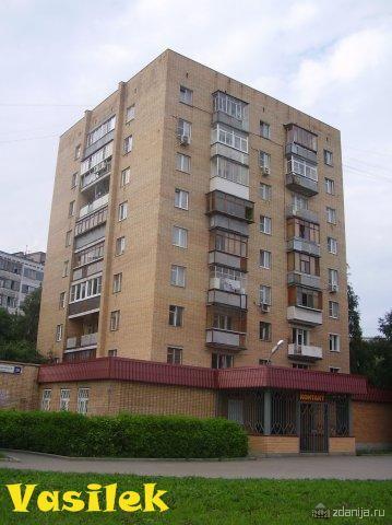 Дома серии 1-447С-26, кирпичные 9 этажные башни