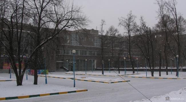 Дворец культуры АМО ЗИЛ [ Likachev Palace of Culture ]