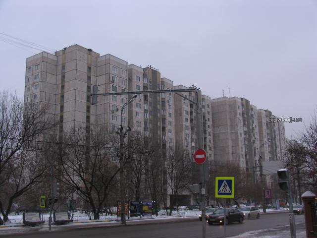 панельные дома на базе П-55 ( около метро Серпуховская, Москва )