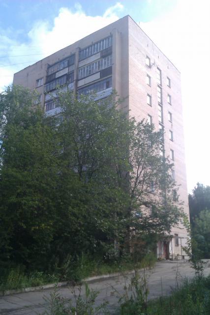 Серия 1-447С-51, кирпичная 9 этажка.