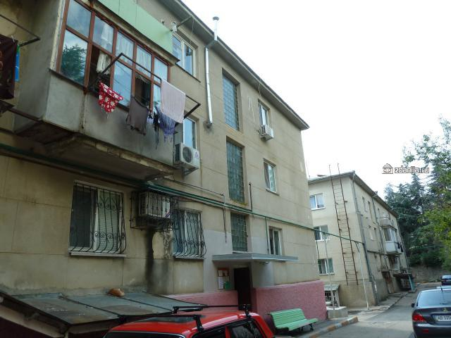 Блочные дома в пос. Партенит ( типовые дома Крыма)