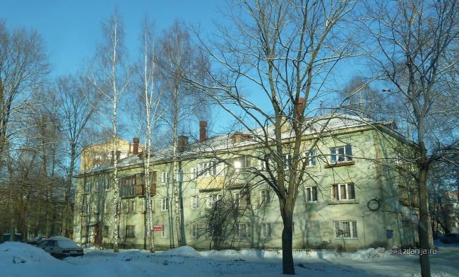 Серия 1-440-1 (отр.адм.) Ярославль, трёхэтажка, скорее всего сталинка