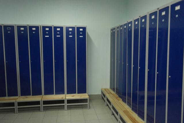 Производство и поставка шкафов для спортивных раздевалок и фитнеса