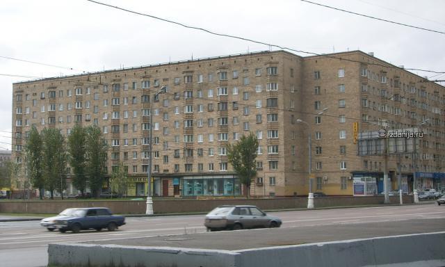 кирпичный дом на Варшавском шоссе ( Москва)