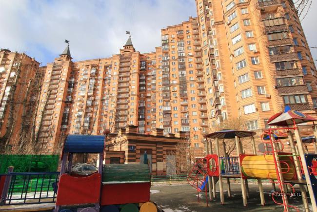 Москва, Тепличный переулок, дом 4 (СЗАО, район Щукино)