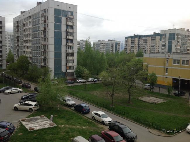 г Санкт-Петербург, пр-кт Богатырский, дом 37, корп.2 - серия 137