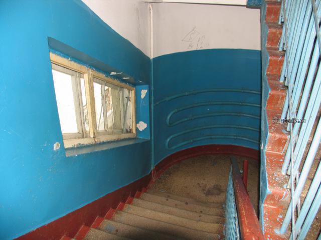 Конструктивистский комплекс общежитий Б.Пироговская, 51 лестничная клетка