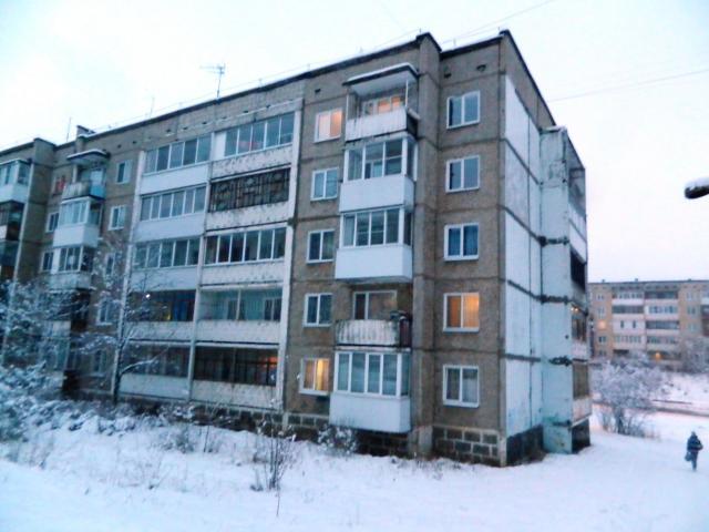 г. Березники, Пермский край, ул. Свердлова 152, серия 83.