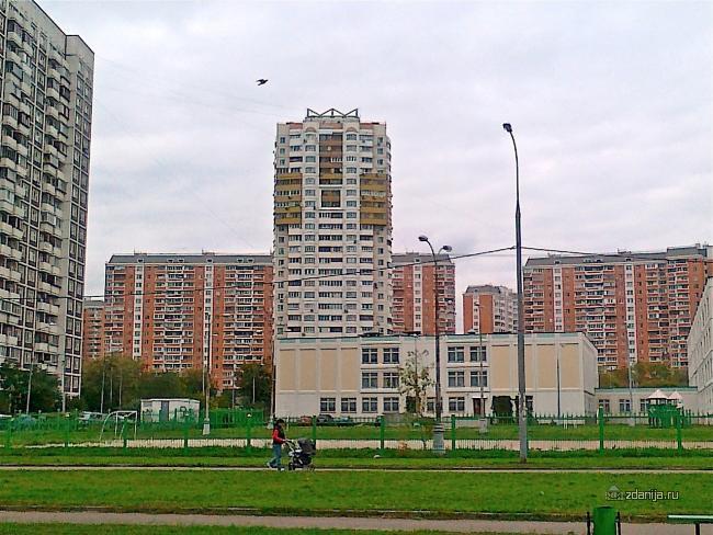 Москва, улица Верхние Поля, дом 35, корпус 1 (ЮВАО, район Люблино)