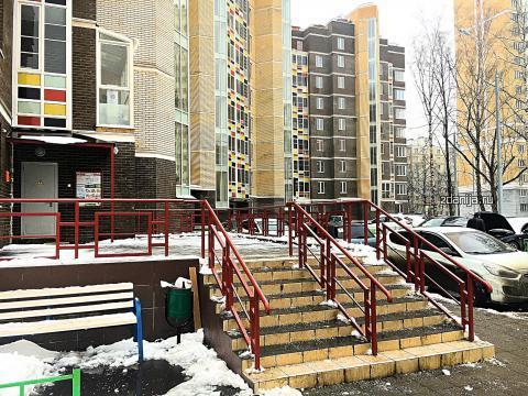 Москва, Ельнинская ул., д.6 (ЗАО, район Кунцево)