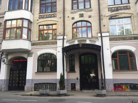 Москва, Староконюшенный переулок, дом 41, строение 1, ЖК «Клубный дом на Арбате» (ЦАО, район Арбат)