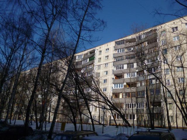 Жилые панельные дома серии 1-515/9ЮЛ, планировки квартир с размерами
