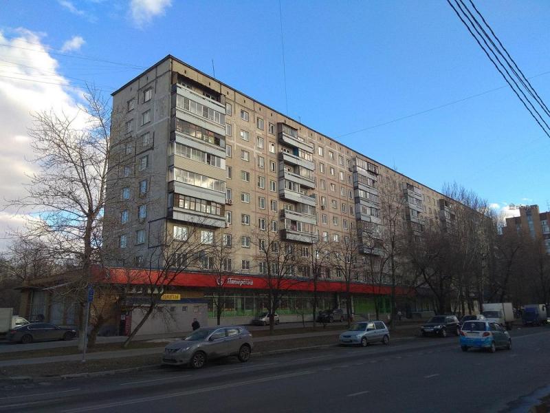 Жилые панельные дома серии 1-515/9М, планировки квартир с размерами
