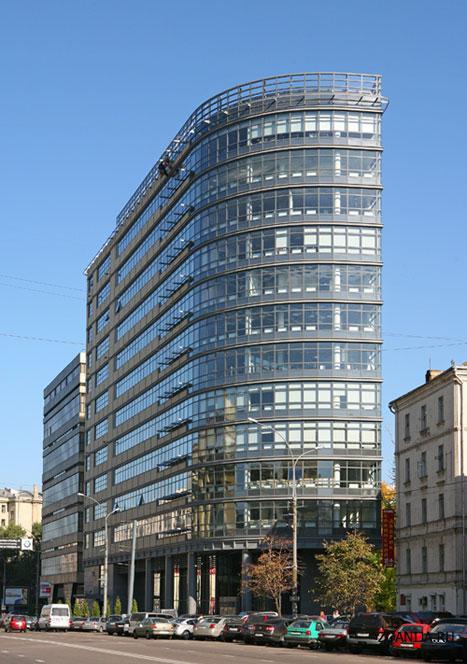 Административное здание на проспекте Сахарова - Административные и общественные здания фото