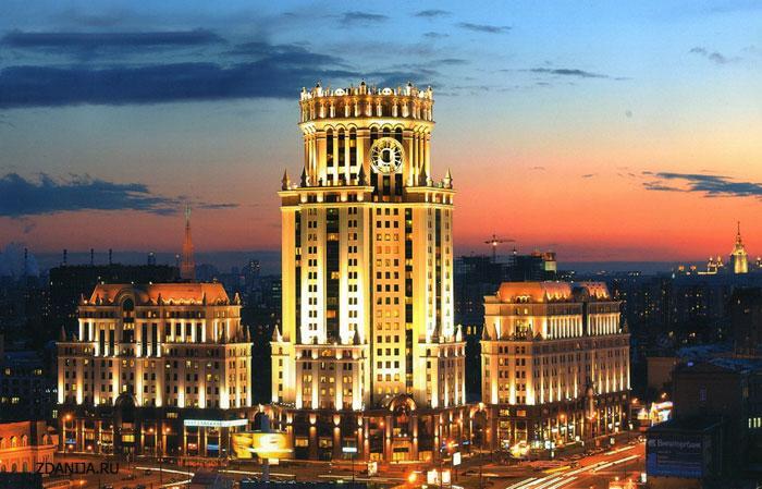 Административно-торговый комплекс на площади Павелецкого вокзала - Административные и общественные здания фото