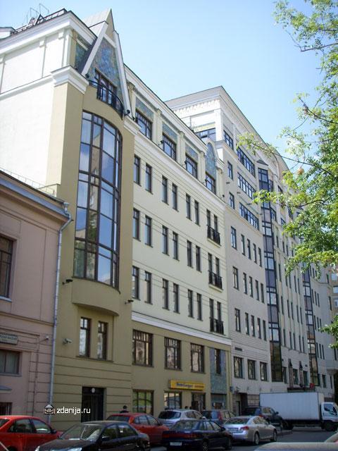 Фасад отеля Marriott ( 1-я Тверская-Ямская ул., 34 ) - Гостиницы фото
