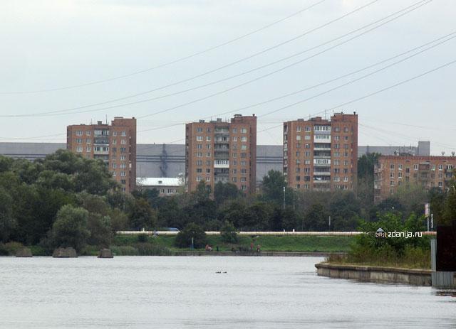 серии кирпичных домов - башен типа Тишинская - Москворецкая башня фото