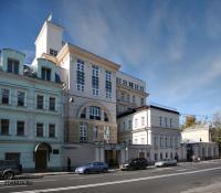 здания системы здравоохранения - Реанимационно - хирургический корпус ( больница Рошаля )